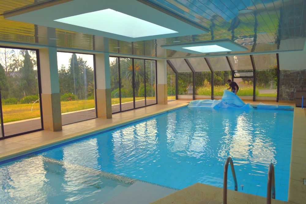 quito-airport-suites-pool